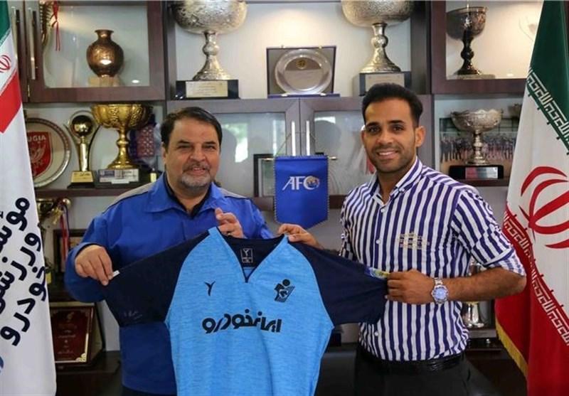 علی حمودی قرارداد خود را با پیکان تمدید کرد