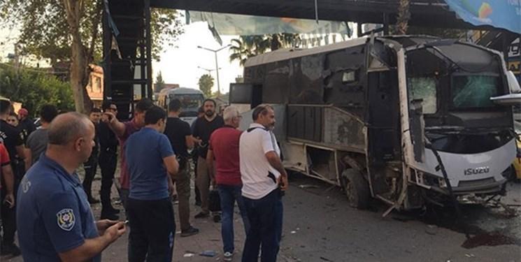 انفجار درمسیر اتوبوس پلیس در جنوب ترکیه