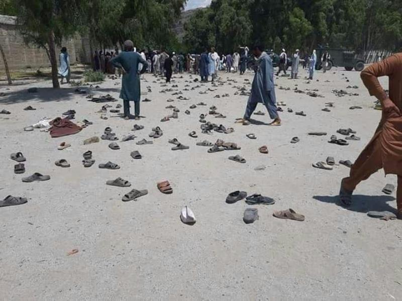 خبرنگاران اشرف غنی دستور حملات تهاجمی داد