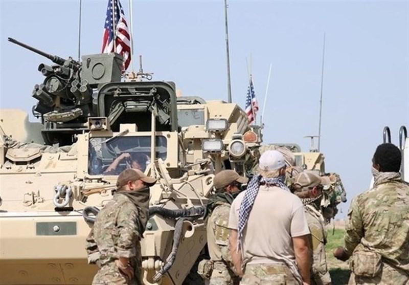 ادامه تحرکات مشکوک اشغالگران آمریکایی در سوریه؛ انتقال ده ها کامیون حامل تجهیزات نظامی